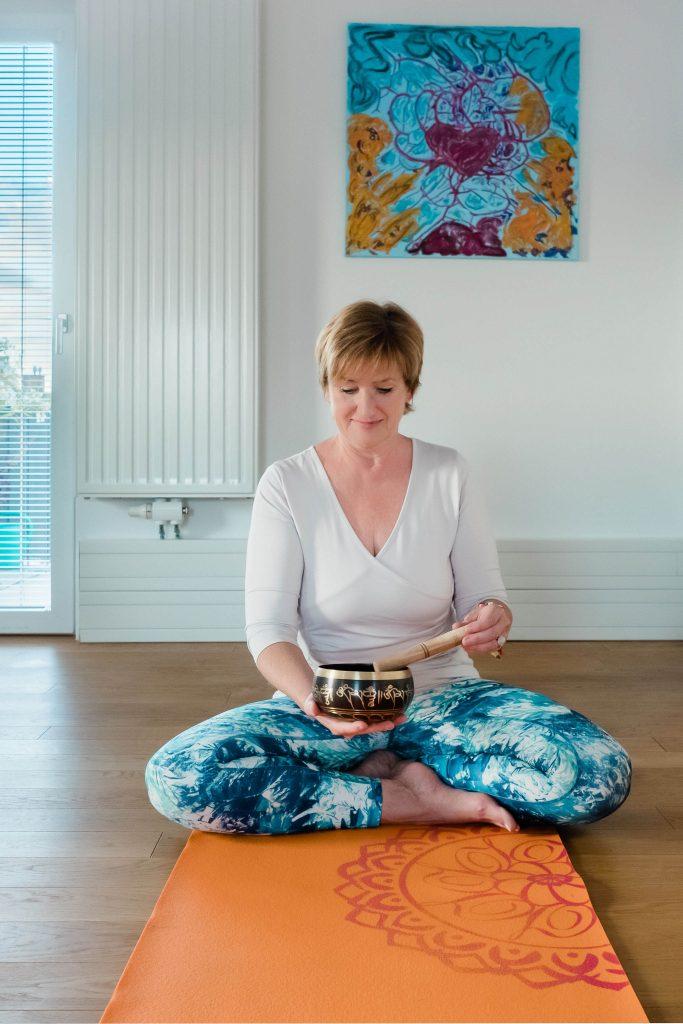 Mag. Betina Halmschlager, Yogacoaching im Wolkenturm